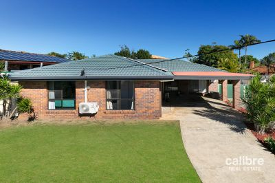 Exactly what you have been waiting for!  Low Set Brick with Bonus Spaces, Solar, Pool, Air Con, Side Access, 2 Living Spaces, Fenced all on 847sqm