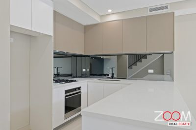 BRAND NEW TOWNHOUSE IN CROYDON PARK