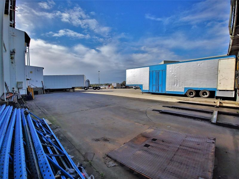 1,073sqm* TRADECOAST INDUSTRIAL FACILITY WITH HARDSTAND