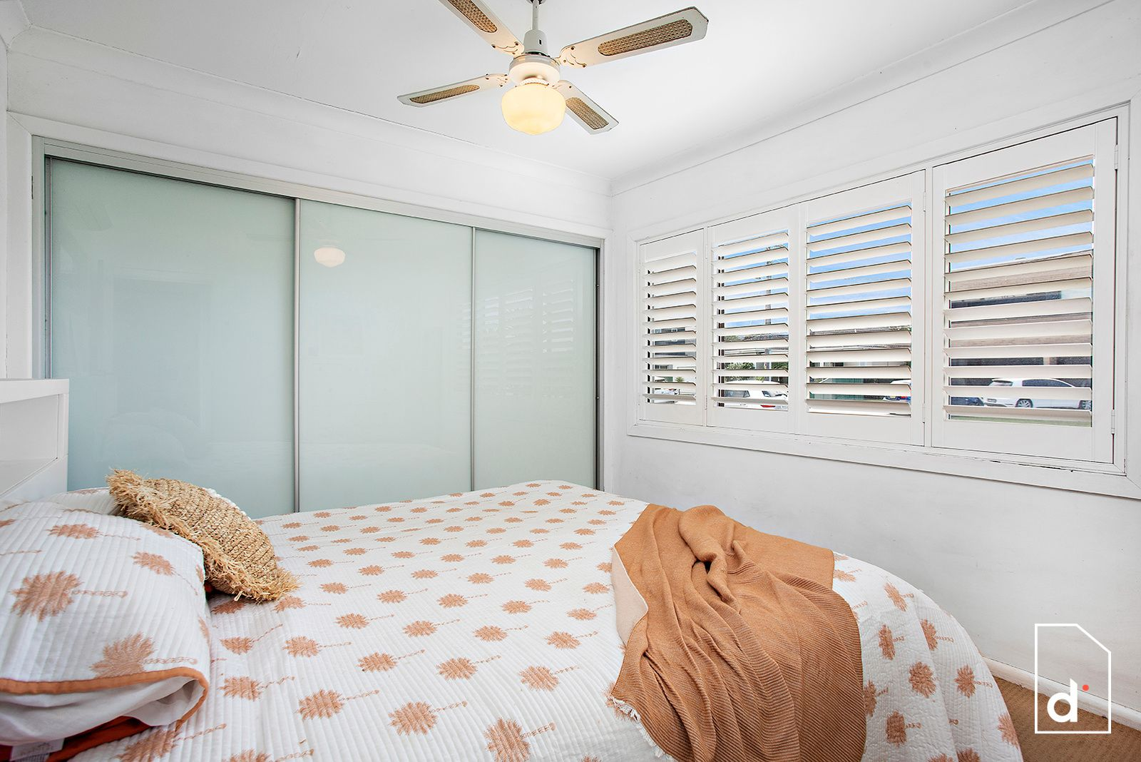 11 Robertson Road, Woonona NSW