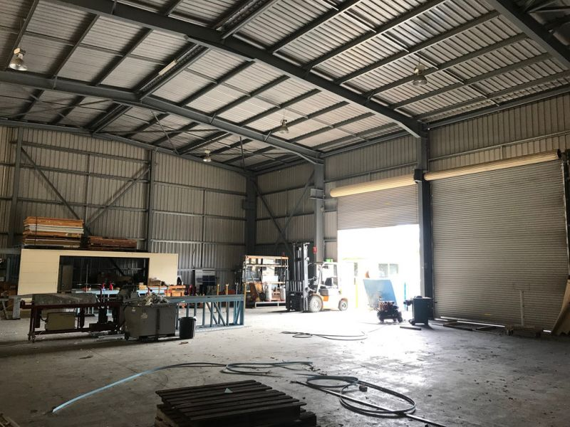 602SQM* FREESTANDING WAREHOUSE WITH 500SQM* HARDSTAND/PARKING