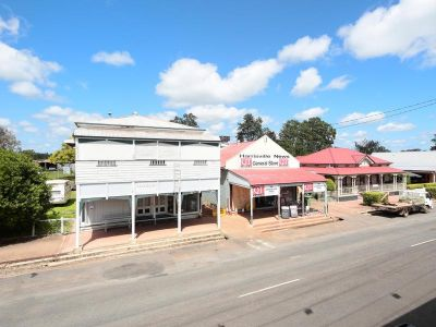 2 TITLES, LARGE HOME/SHOP FRONT ON 3,103m2