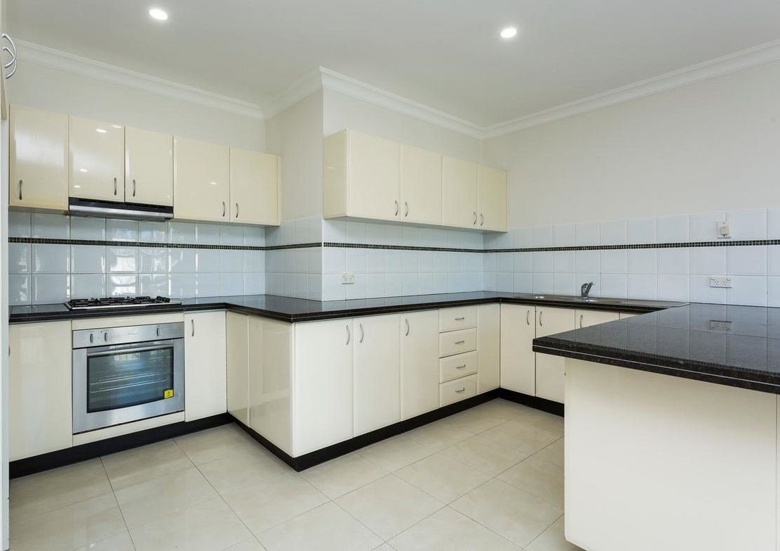 7/42-44 Napoleon Road, Greenacre