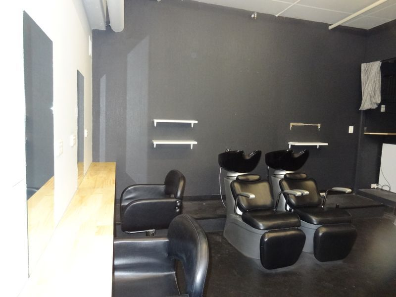 VACANT CITY SALON - ADJACENT TO PAPILLON HEALTH & BEAUTY CENTRE