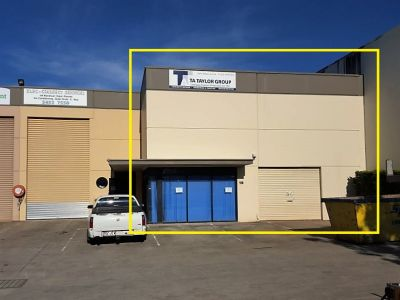 INDUSTRIAL WAREHOUSE IN MAROOCHYDORE