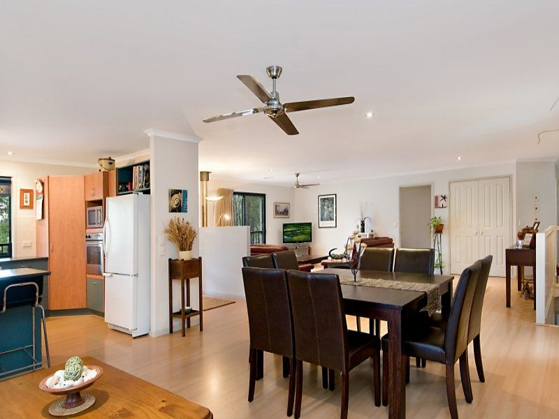 40 Lakeside Drive, Cooroibah QLD 4565