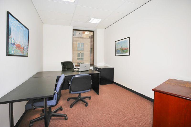 1/2pax Office in Haymarket/Town Hall!