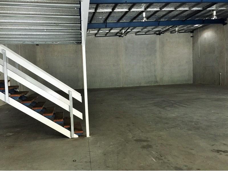 Freestanding Tilt Panel on Flood Free site