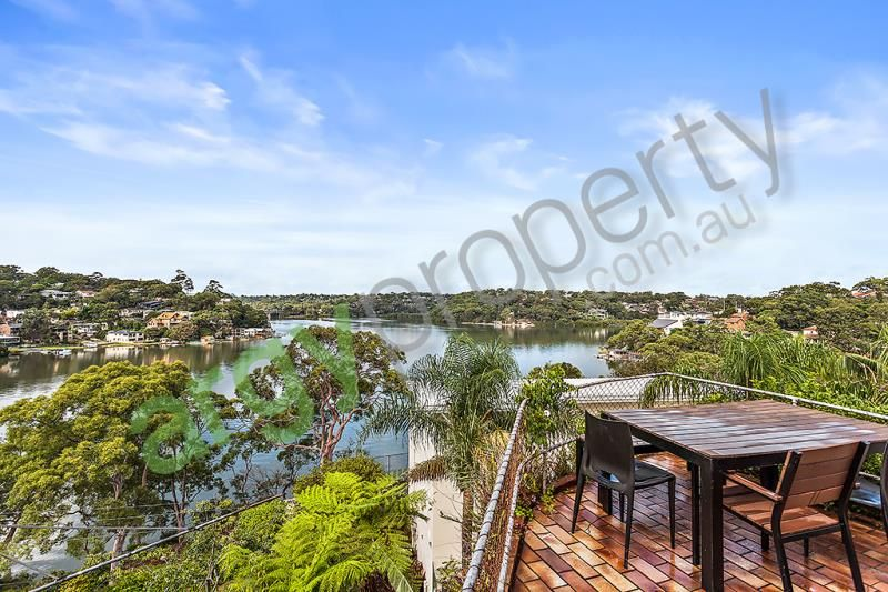 Tranquil 4 Bedroom Water Front Home