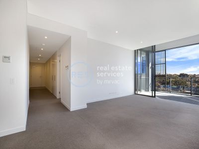 Northerly Facing Three Bedroom Apartment