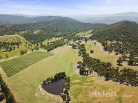 169 Hunts Lane Steels Creek, Vic
