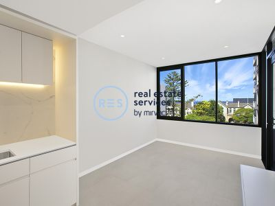 Stunning 1-Bedroom Apartment with Partial Ocean Views!