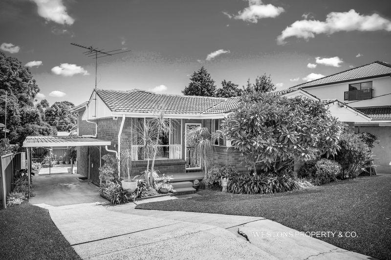 8 Ayles Road, Winston Hills NSW 2153