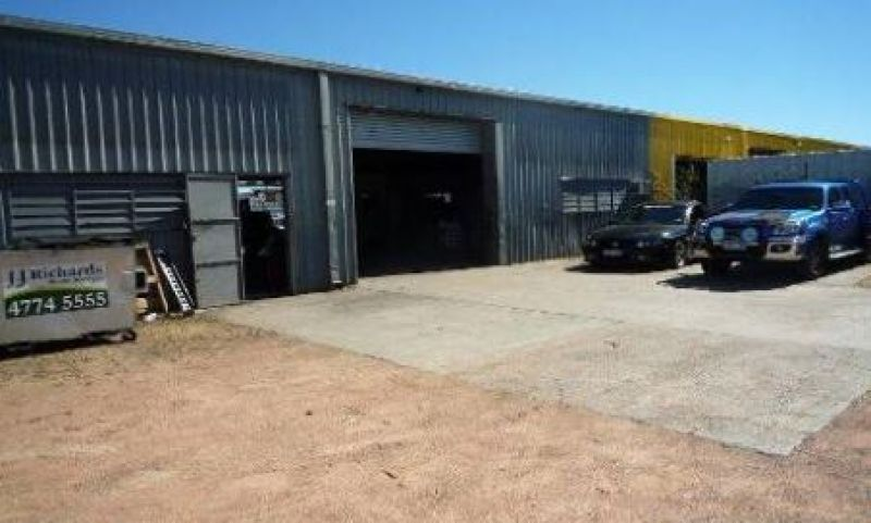 Central Garbutt Warehouse unit with yard