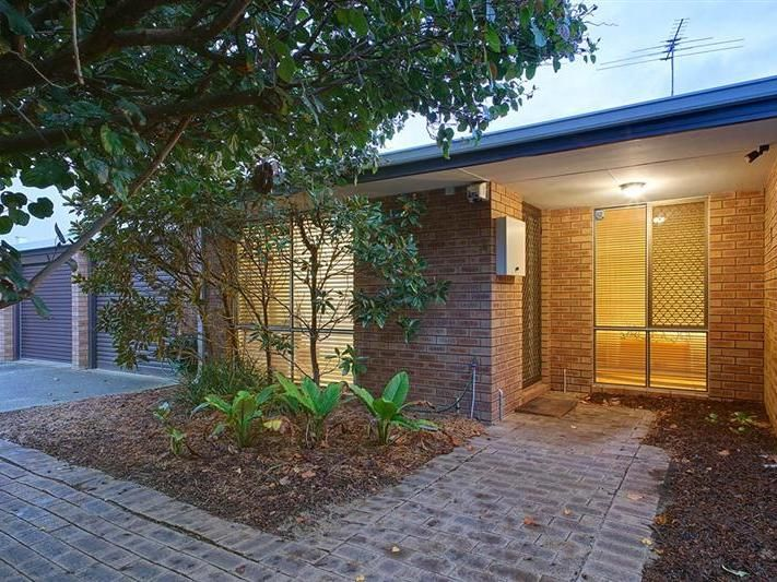 4/17 Normanby Road Inglewood 6052