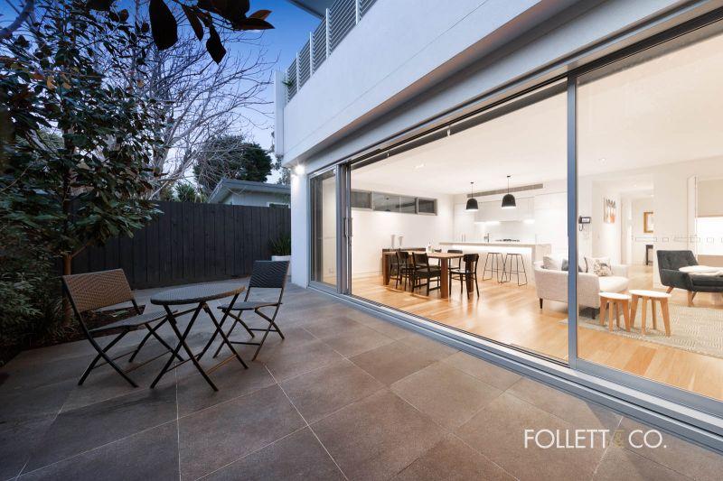Luxury, secluded single level residence