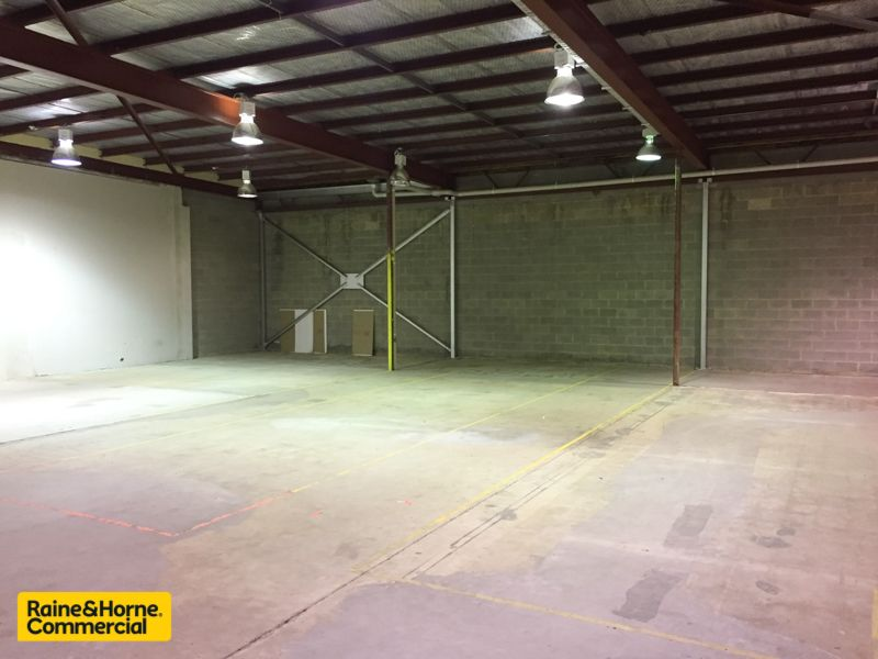 Large Warehouse Space with Multiple Uses!