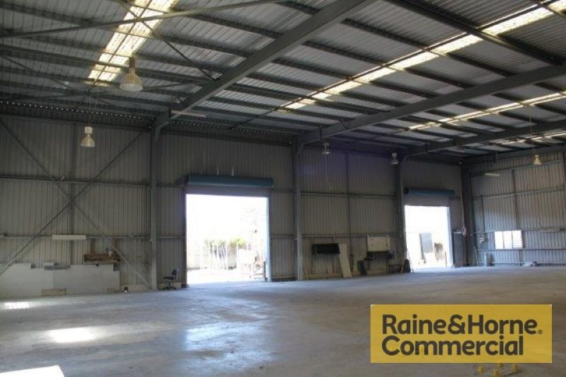 Freestanding Clear Span Warehouse + Yard Area
