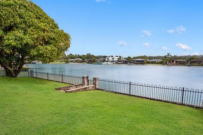 NEAT AND TIDY ENTRY-LEVEL WATERFRONT - MOVE IN OR RENOVATE