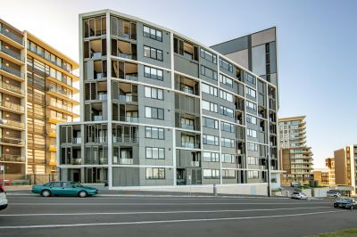S804/77 Shortland Esplanade, Newcastle