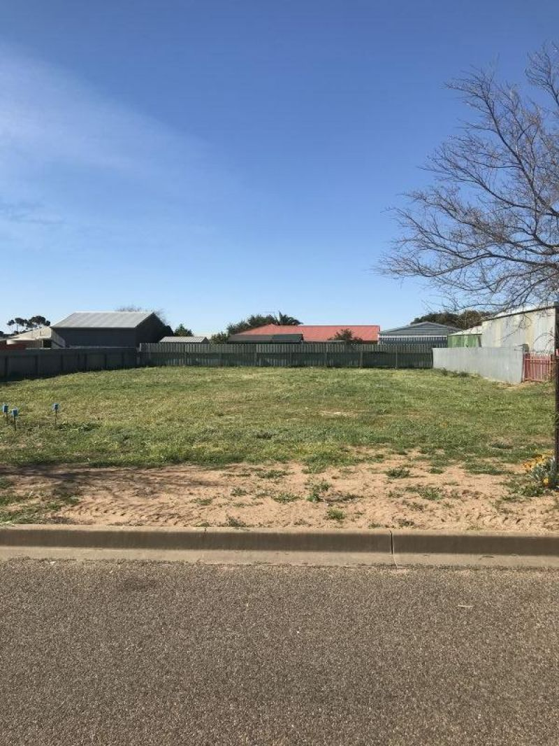 For Sale By Owner: 42 Owl Drive, Murray Bridge, SA 5253