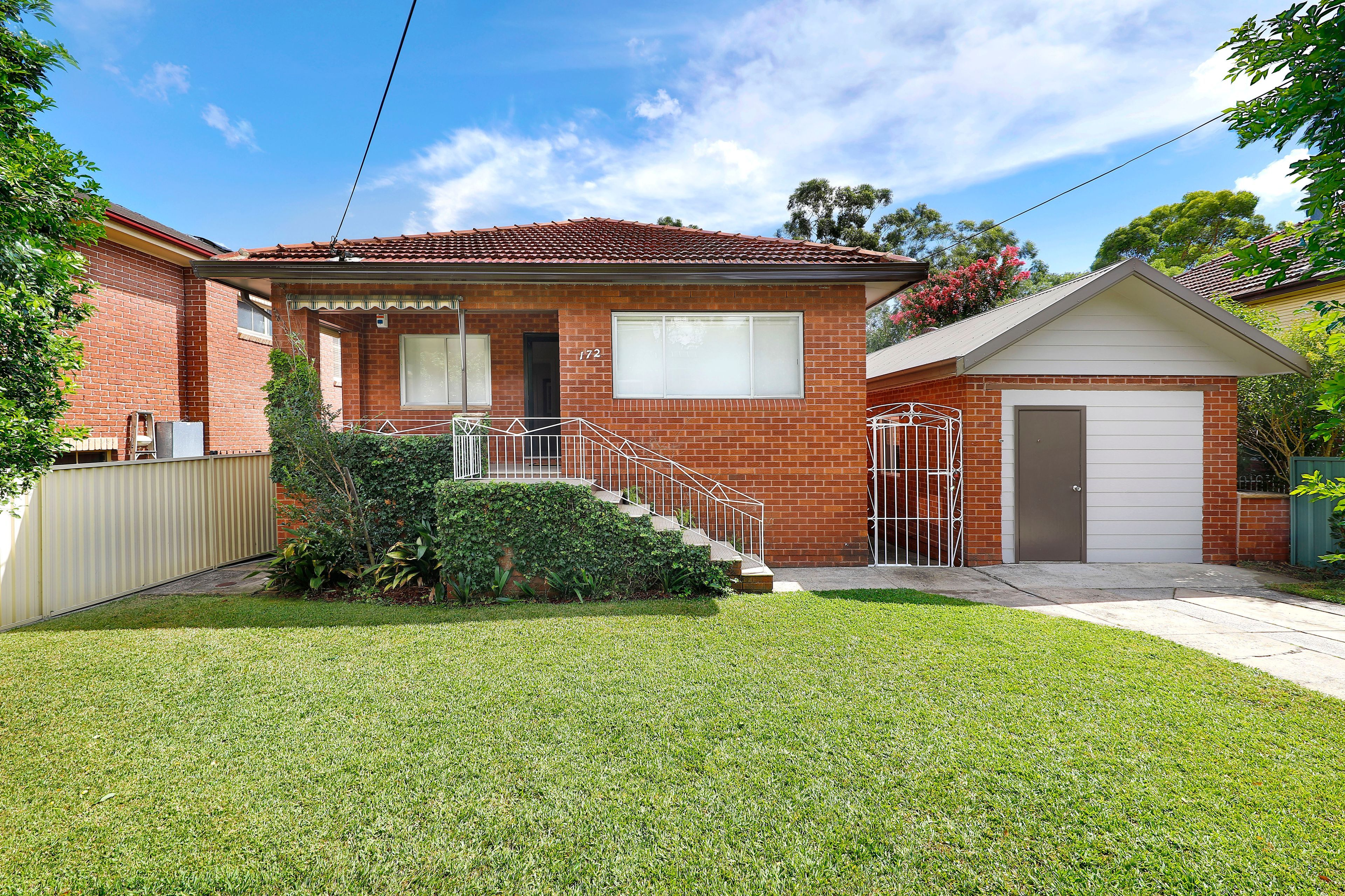 , Georges Hall NSW 2198