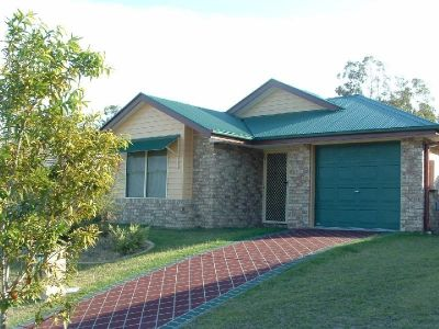 'COSY HOME IN THE HILLS - UPPER COOMERA'