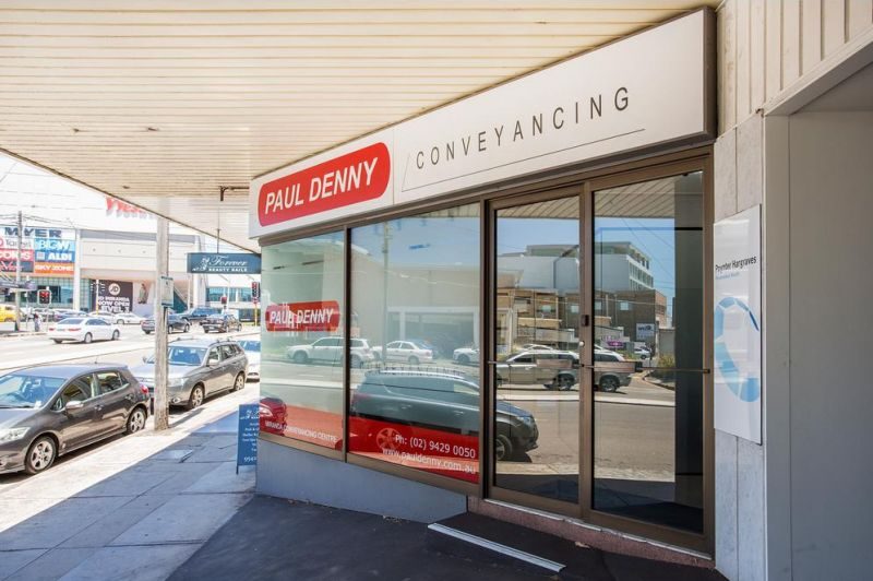 FOR LEASE RETAIL STRIP - SHOPS & OFFICE AVAILABLE