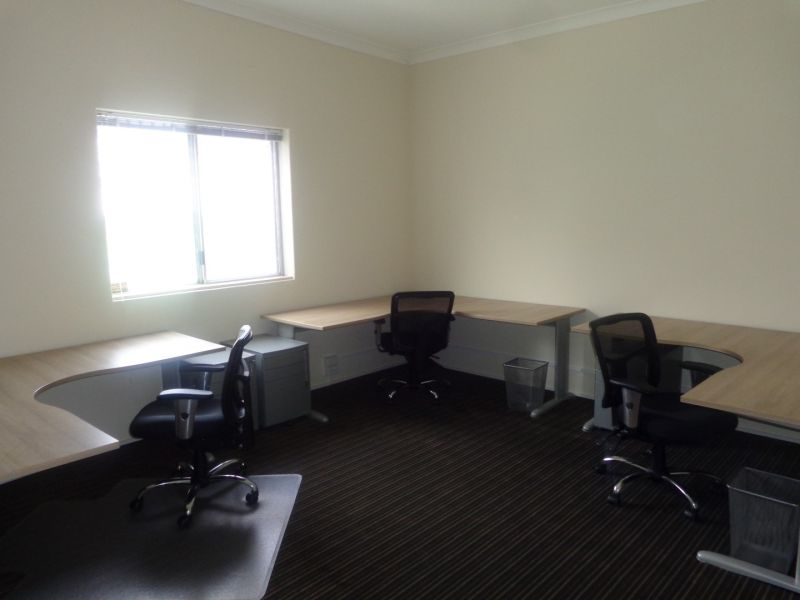 WELL APPOINTED FRINGE CBD OFFICES
