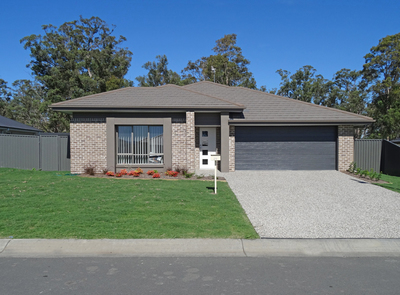 26 White Circuit, Gloucester