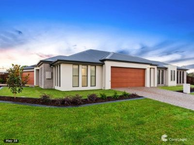 Modern Three Bedroom Villa In Ideal Location