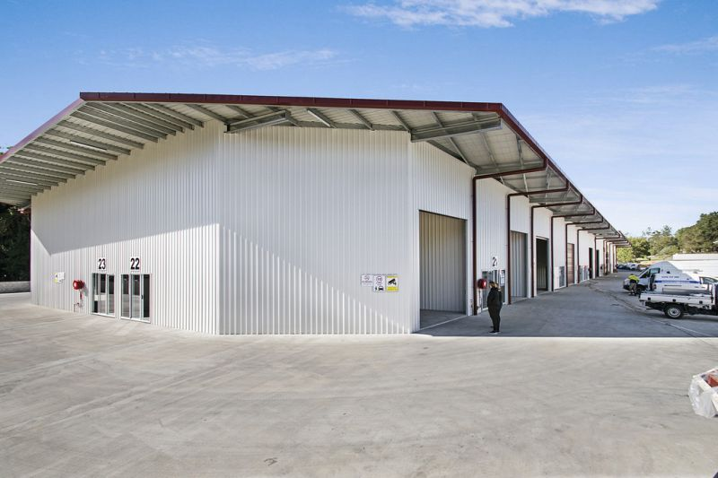 Industrial Unit Located Close To Bruce Highway