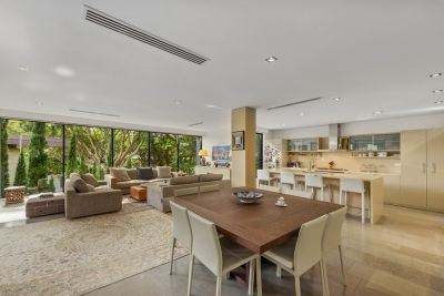 Approx 200sqm Of Luxurious Designer Living In A Leafy Harbourside Dress Circle