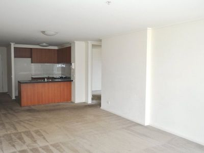 The Summit: 17th Floor - Three Bedroom Apartment Close To Everything!