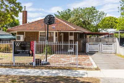 HOME OPEN CANCELLED - UNDER OFFER WITH MULTIPLE OFFERS!!