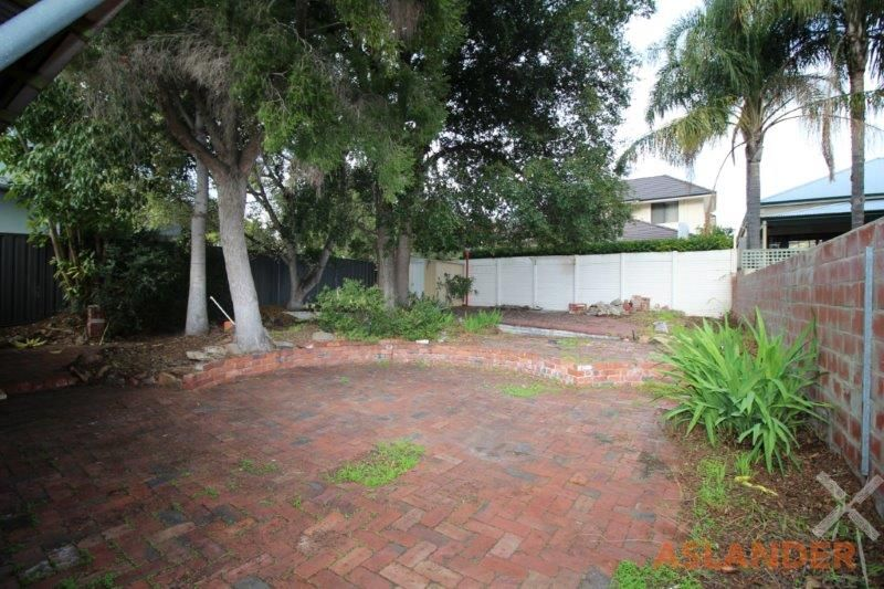 WELL LOCATED SOUTH PERTH HOME