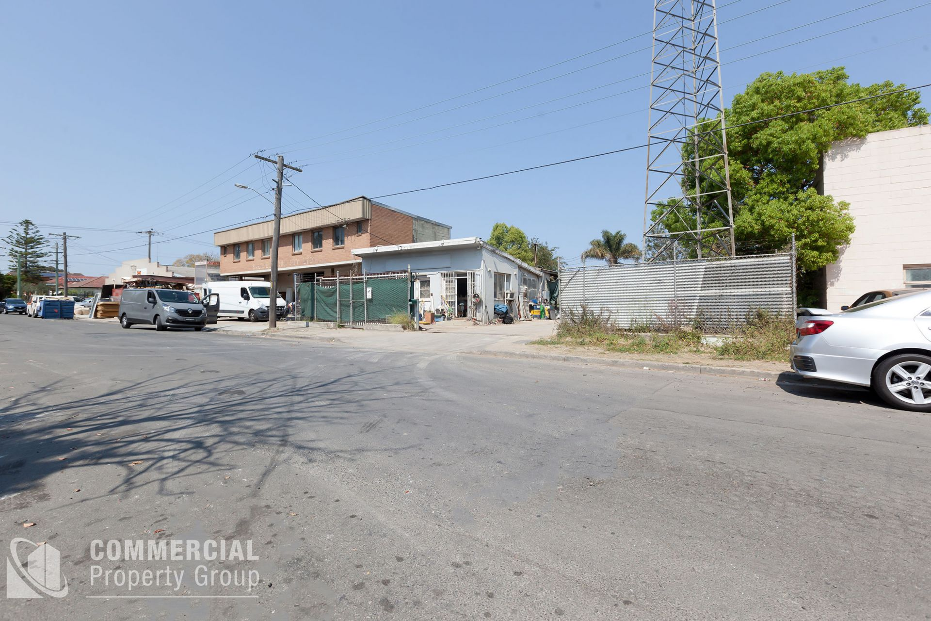 SECURE YARD & OFFICE BUILDING FOR LEASE