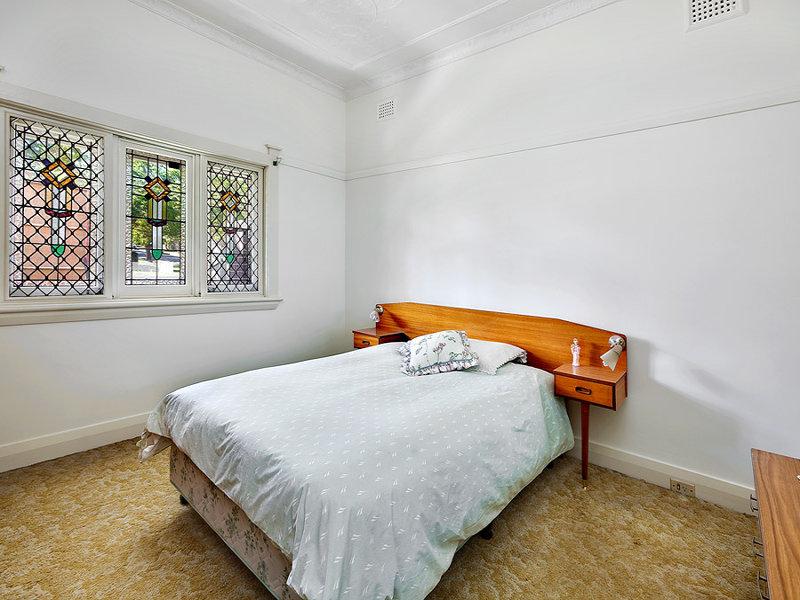 20 Chiswick Street, Strathfield South