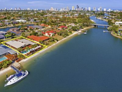WIDE WATERFRONT LIFESTYLE AWAITS   GREAT BUYING HERE