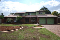 SPACIOUS FAMILY HOME IN A QUIET LOCATION WITH A/C!!