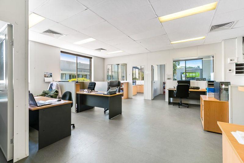 PREMIUM COOL ROOMS + OFFICE SPACE