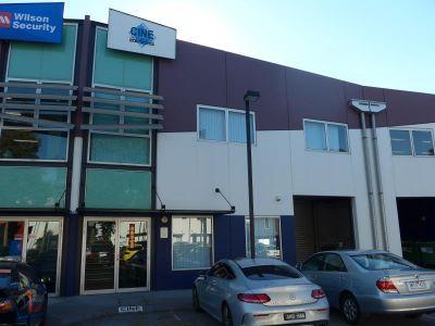 OFFICE SHOWROOM / WAREHOUSE