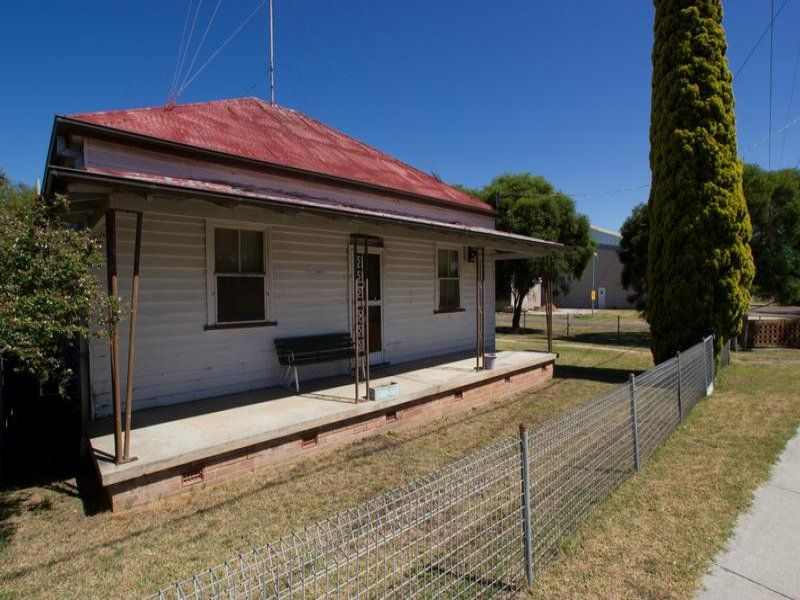 1 Orchard Ave, Singleton