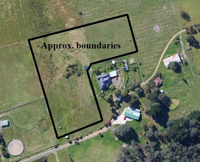3 Acres, Right in Town!