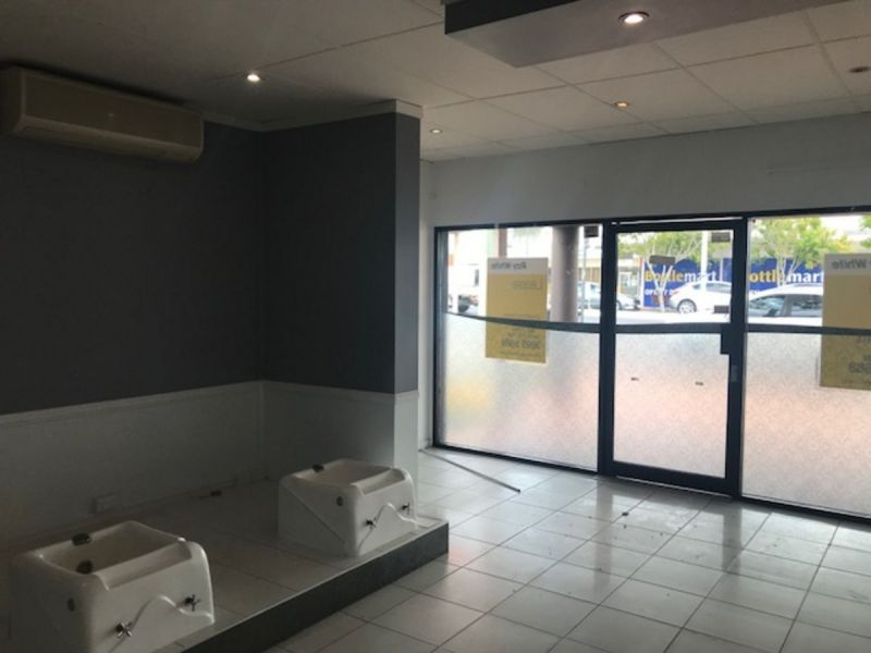 Retail space for Lease on busy neighbourhood strip