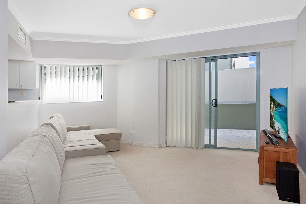 209/9-15 Central Avenue Manly 2095