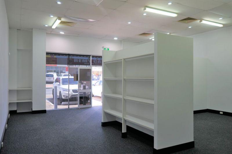 Retail / Office On Prominent Moss Street