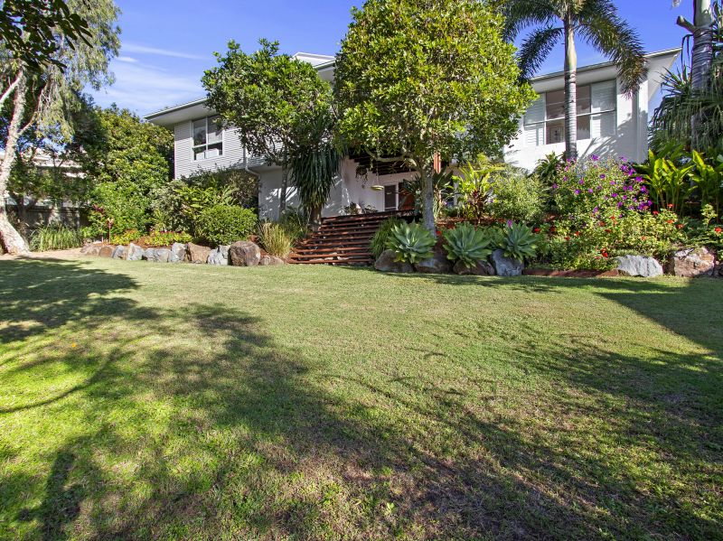 4 Coral Place, Mount Coolum