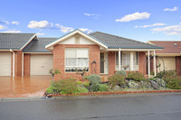 Beautifully presented home with a host of wonderful features ready to move into now.