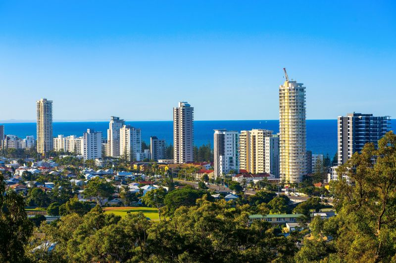 Blue-Chip Holding Atop Burleigh Hill - Uninterrupted Views of the Ocean and Hinterland